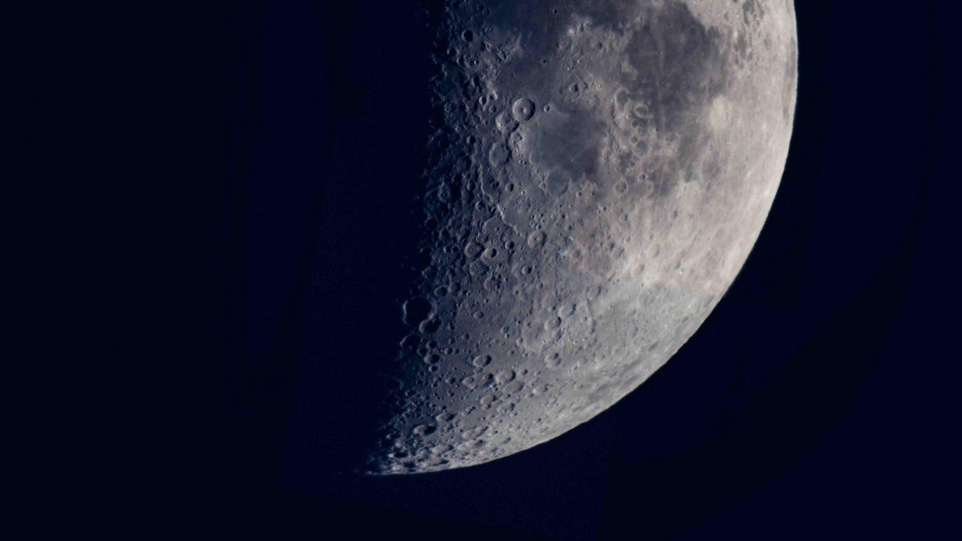 中国の嫦娥4号、人類初の「月の裏側」にまもなく着陸か