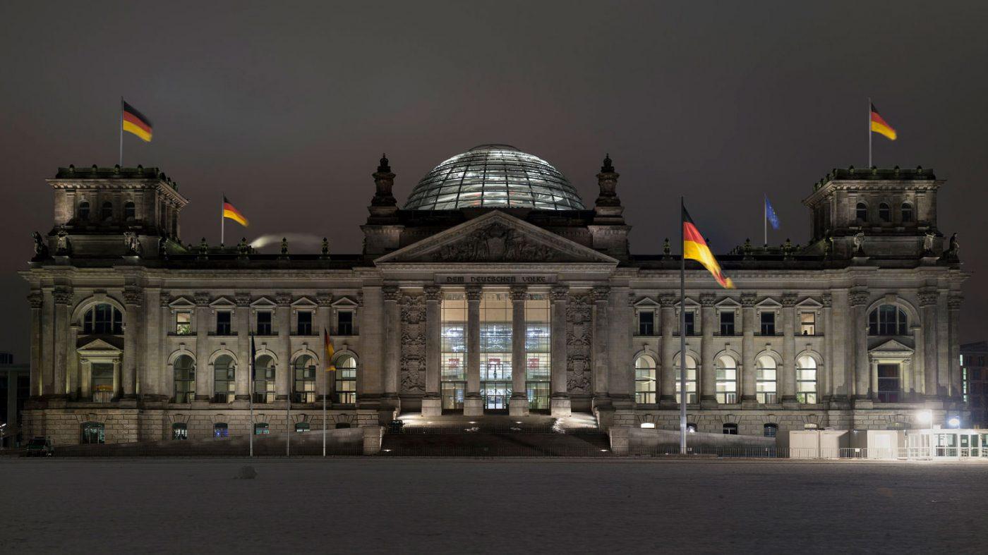 ドイツ政治家の個人情報がツイッター上に大量流出、メルケル首相も