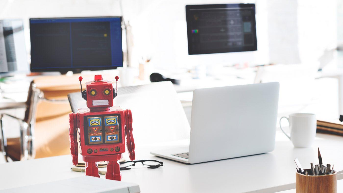 自動化で先進国は雇用減でもアジア成長が穴埋め、世界開発報告