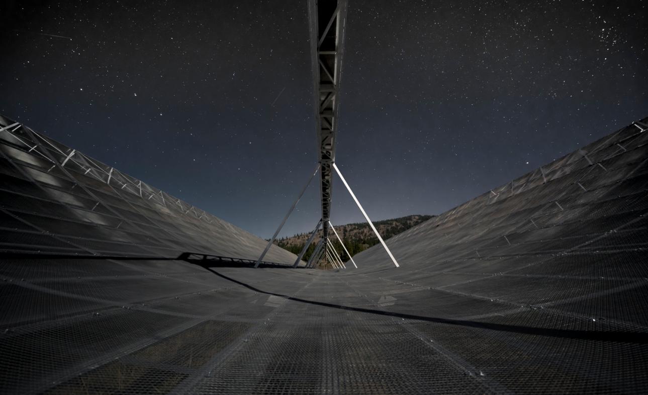 銀河系外から繰り返しやって来る電波、2回目の検出