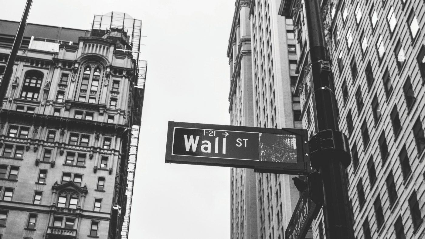米政府機関の閉鎖が暗号通貨にも波及、市場低迷に拍車か