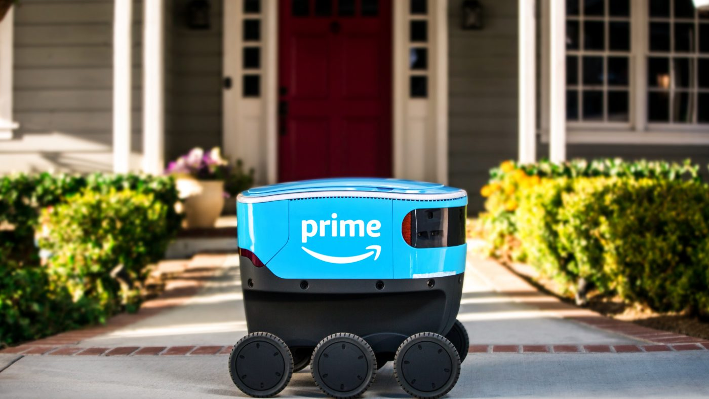 米国で参入相次ぐ「宅配ロボ」、アマゾンも実験開始