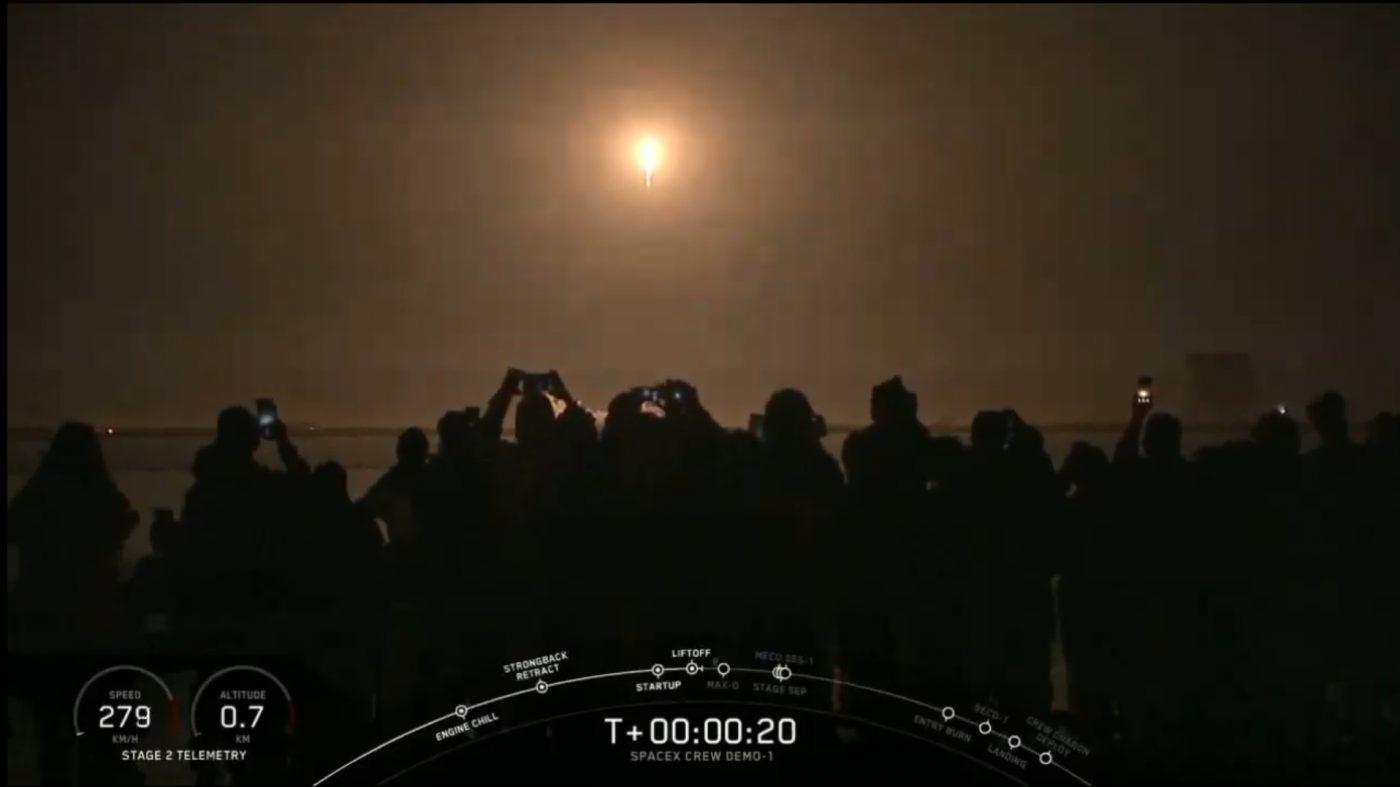 スペースX、有人宇宙船「クルー・ドラゴン」の打ち上げに成功