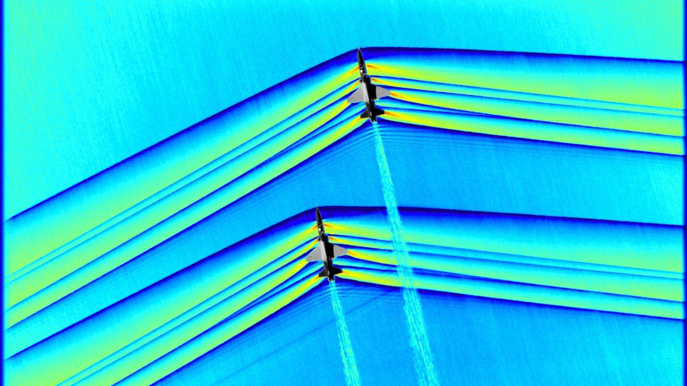 2機のジェット機の超音速の瞬間をNASAが初撮影