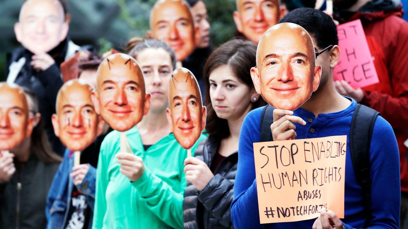 「アマゾンは顔認識の司法当局への販売停止を」AI研究者らが要請