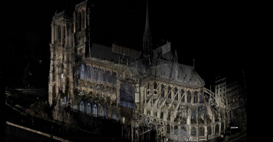 ノートルダム大聖堂の火災、デジタルデータが再建に望み