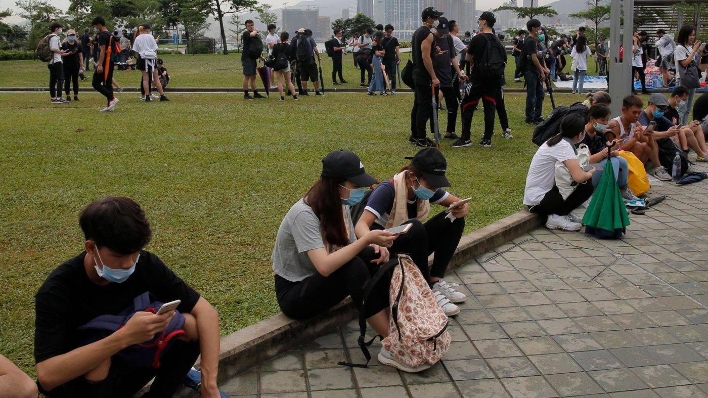 テレグラムへのDDoS攻撃に中国関与の疑い、香港デモ阻止が目的か