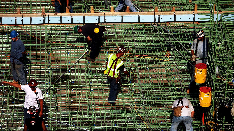 「アルゴリズムに従う」労働者たち——建設業界は安全管理もAIに