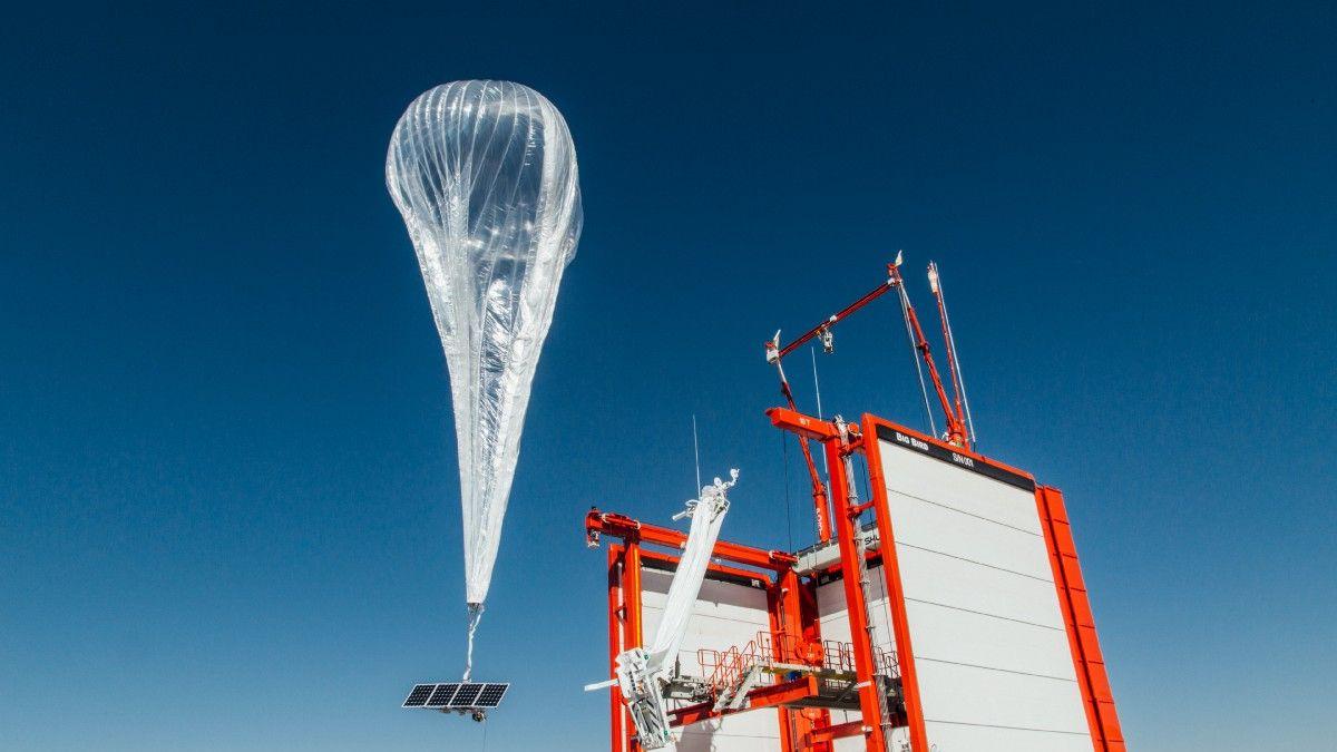 グーグルの「気球インターネット」、ケニアで商用試験へ