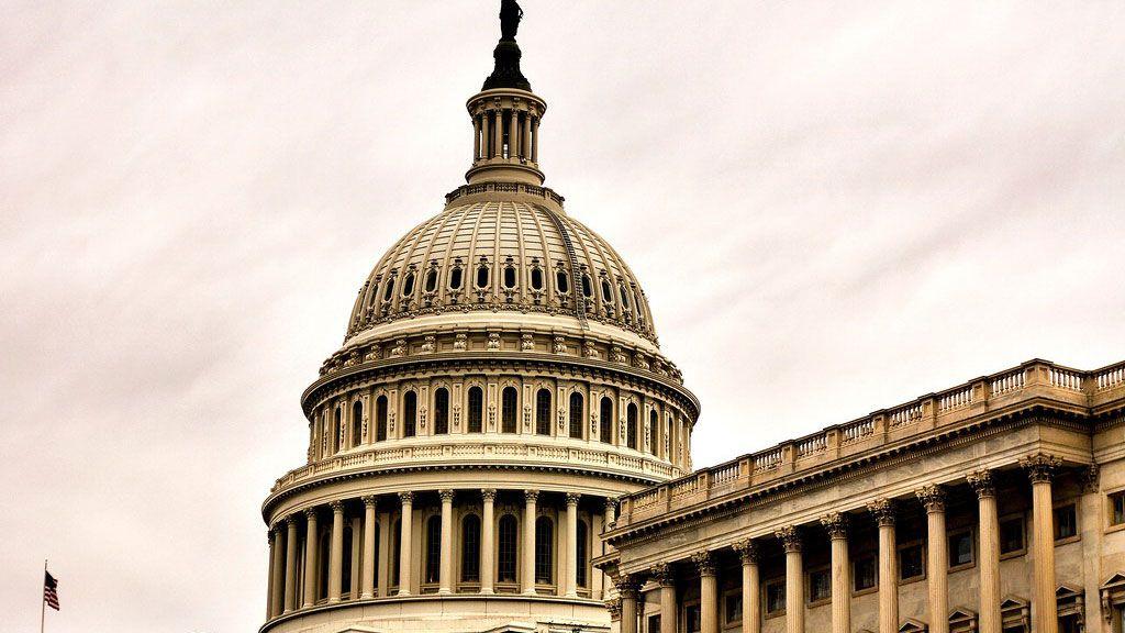 米議会がFBの暗号通貨に猛反発、禁止令案の提出も