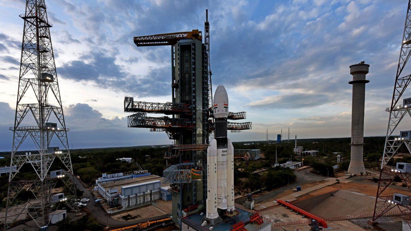 インド、月探査機「チャンドラヤーン2号」の打ち上げに成功