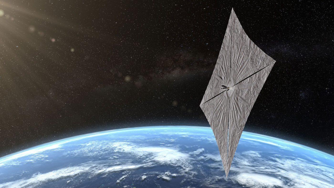 軌道上で太陽帆の展開を完了、ライトセイル2号は現在加速中
