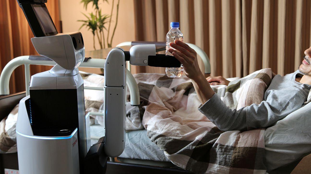トヨタが生活支援ロボットにAI導入へ、PFNと共同開発