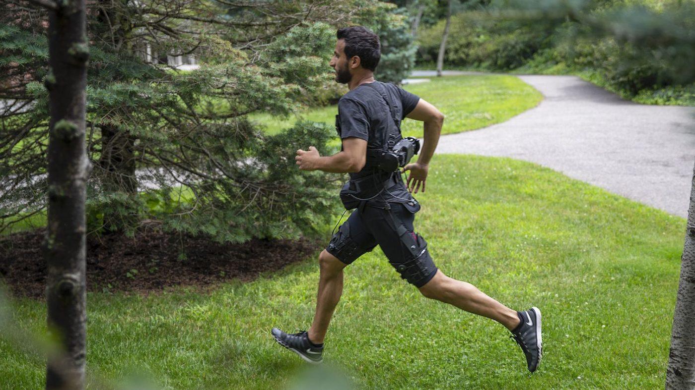 歩きも走りもぐっとラクになる「AIショートパンツ」が登場