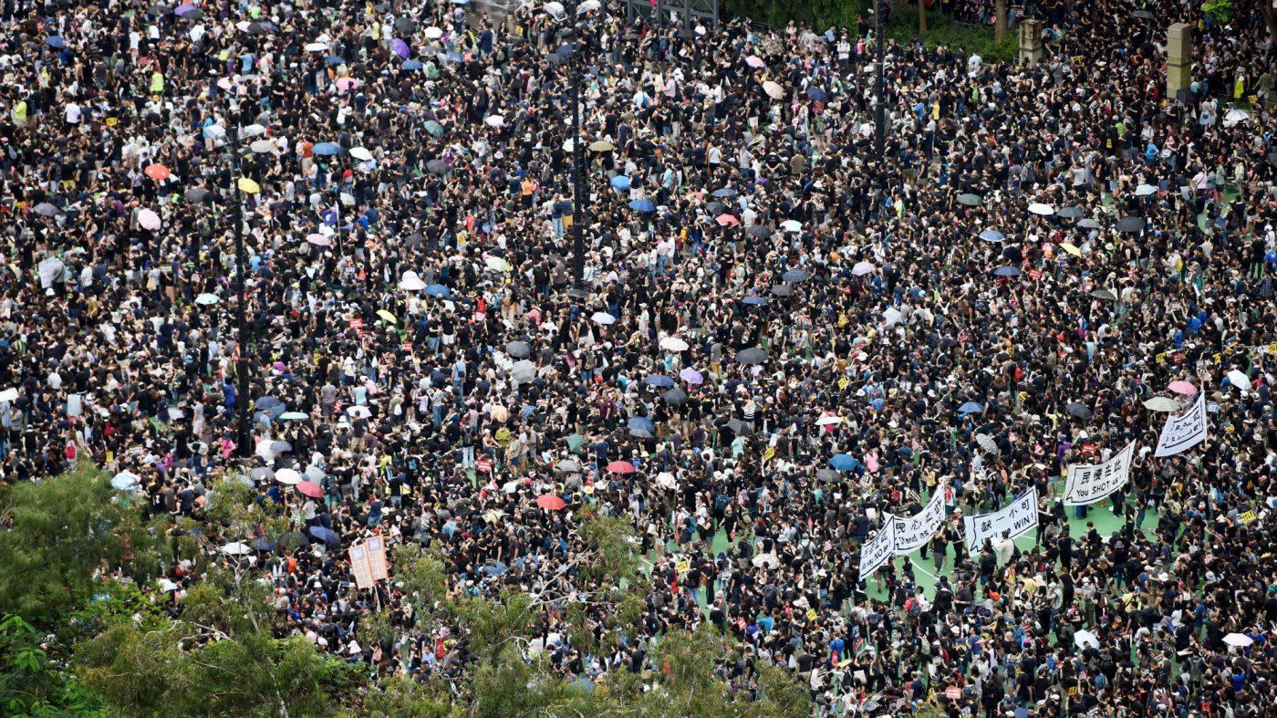 新華社、香港デモを非難するツイッター広告を出稿していた