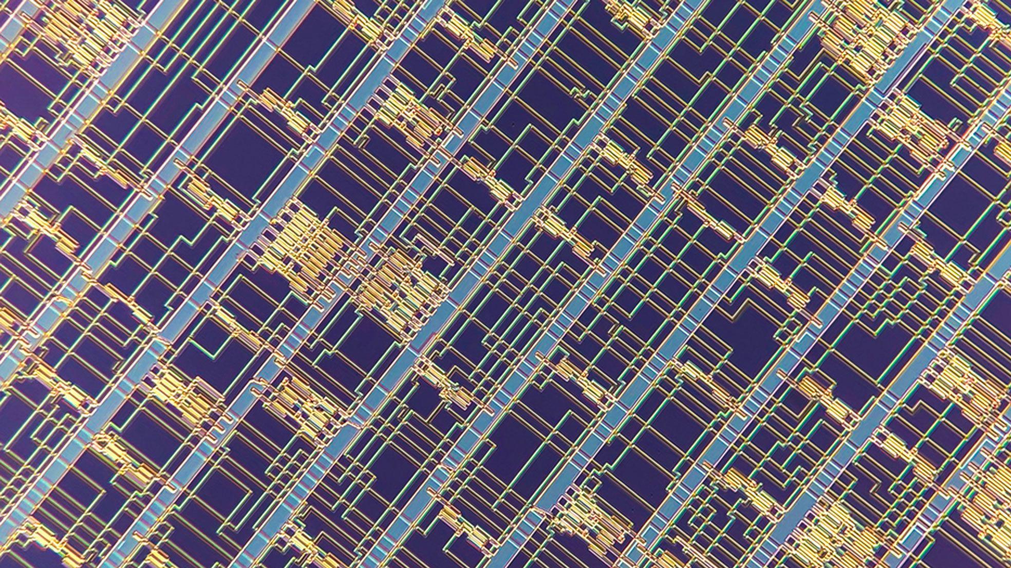 ナノチューブ・チップ実用化へ、MITが16ビットプロセッサー開発
