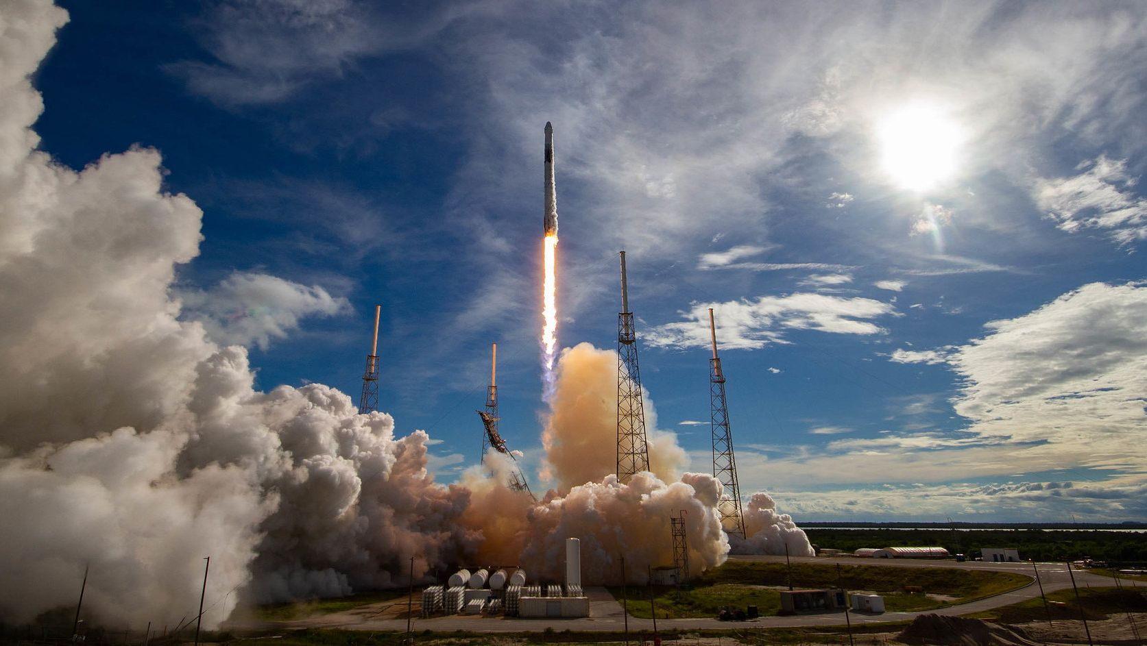 ロケットの「相乗り」で 宇宙はもっと近くなる
