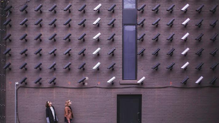 個人情報の収集を防ぐことは「ほぼ不可能」=米国人意識調査