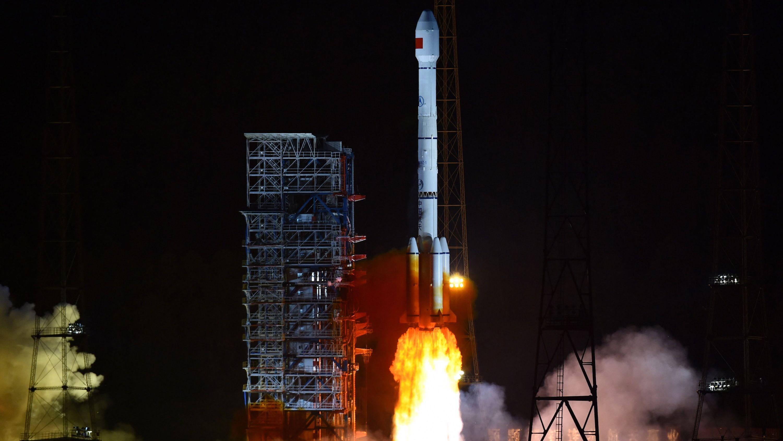 ロケットのブースターが中国農村部に落下、民家に被害