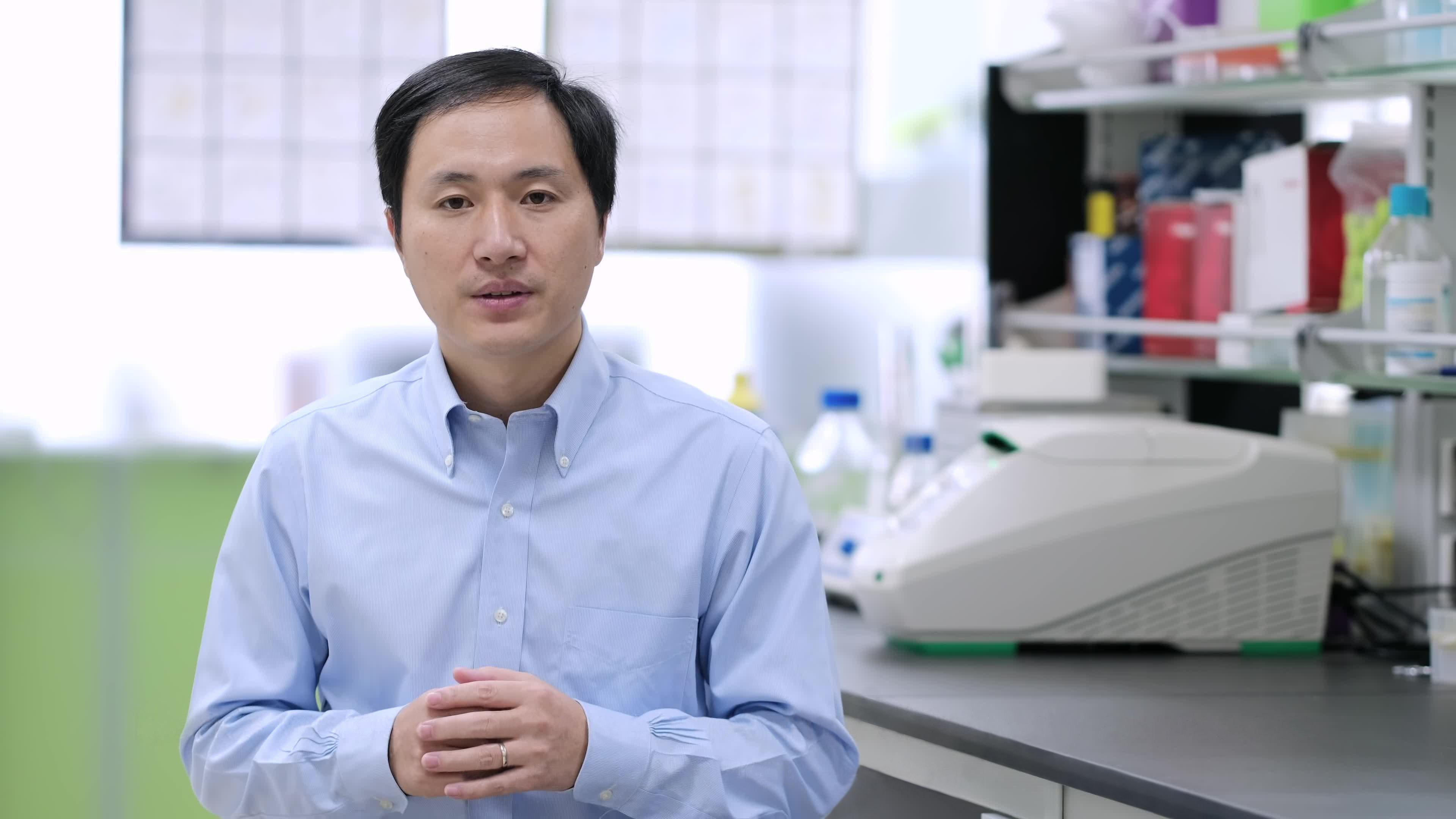 「遺伝子編集ベビー」問題、中国人科学者に懲役3年の実刑判決