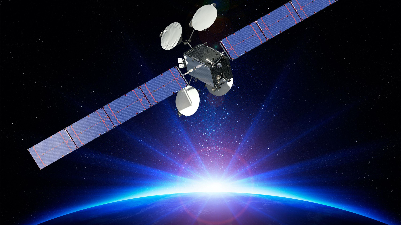 ディレクTV、「バッテリー異常」で爆発危機の人工衛星を緊急移動へ