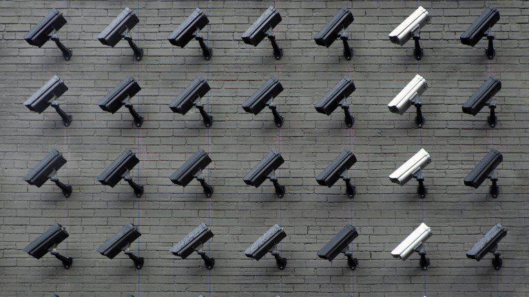 顔認識にさらなる逆風、米プライバシー団体などが一時禁止を訴え