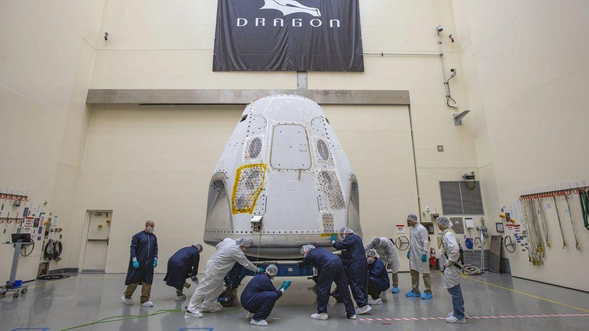 NASA、パンデミックのさなか9年ぶりの有人宇宙船打ち上げへ