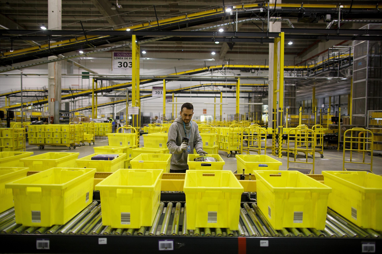 コロナ禍で迫られる変革、 ロボット倉庫が小売業を救う