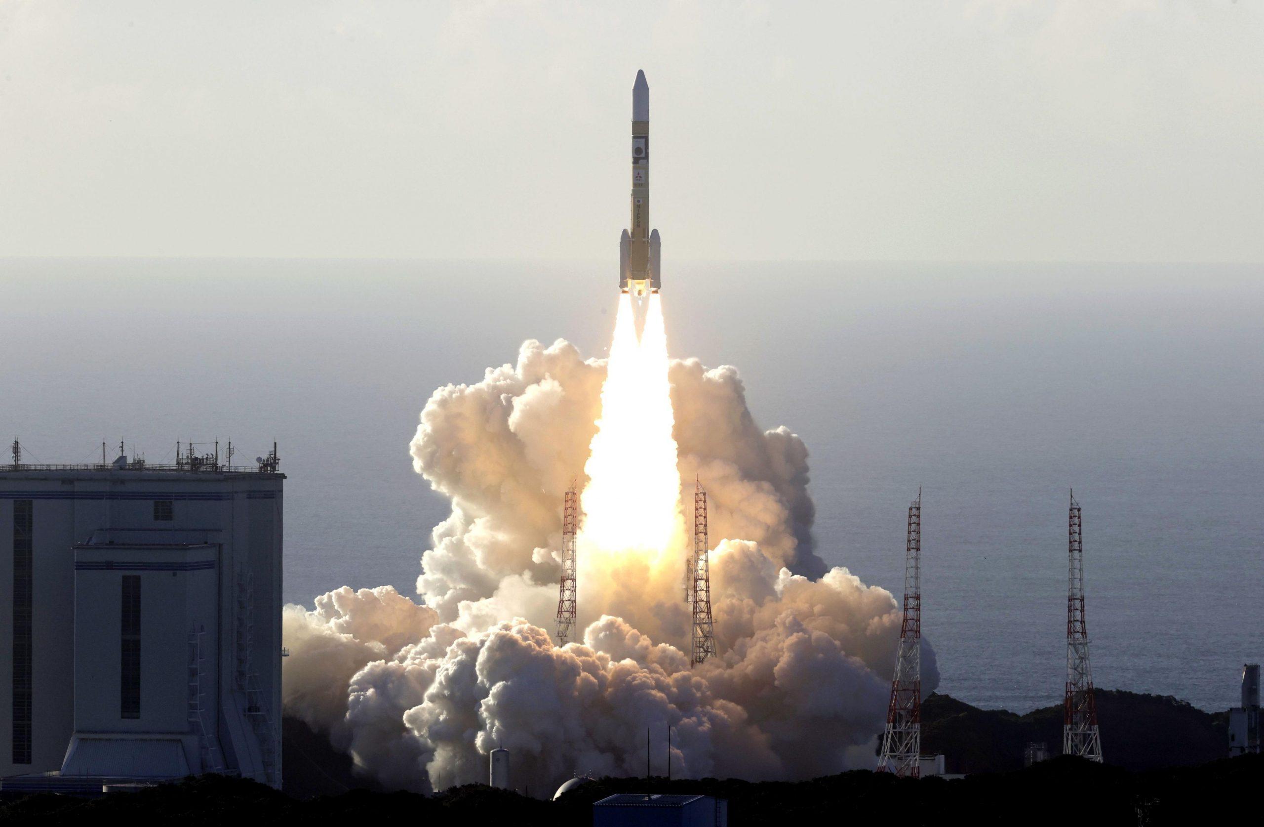 UAE初の火星探査機、種子島宇宙センターから打ち上げに成功