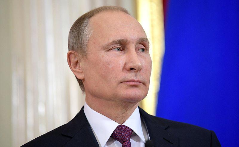 プーチン大統領、「娘も接種済み」新型コロナワクチンを初認可