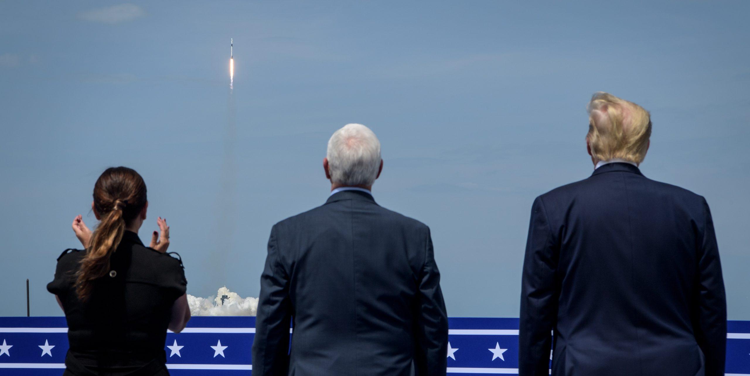 米国の宇宙開発計画は 次の大統領でどう変わるか?