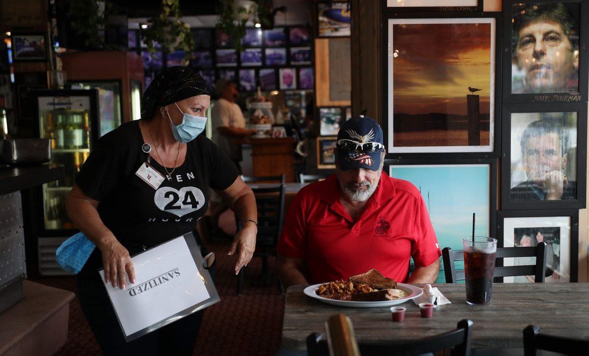 間違いだらけの新型コロナ対策、飲食店の感染リスクを最小化する方法