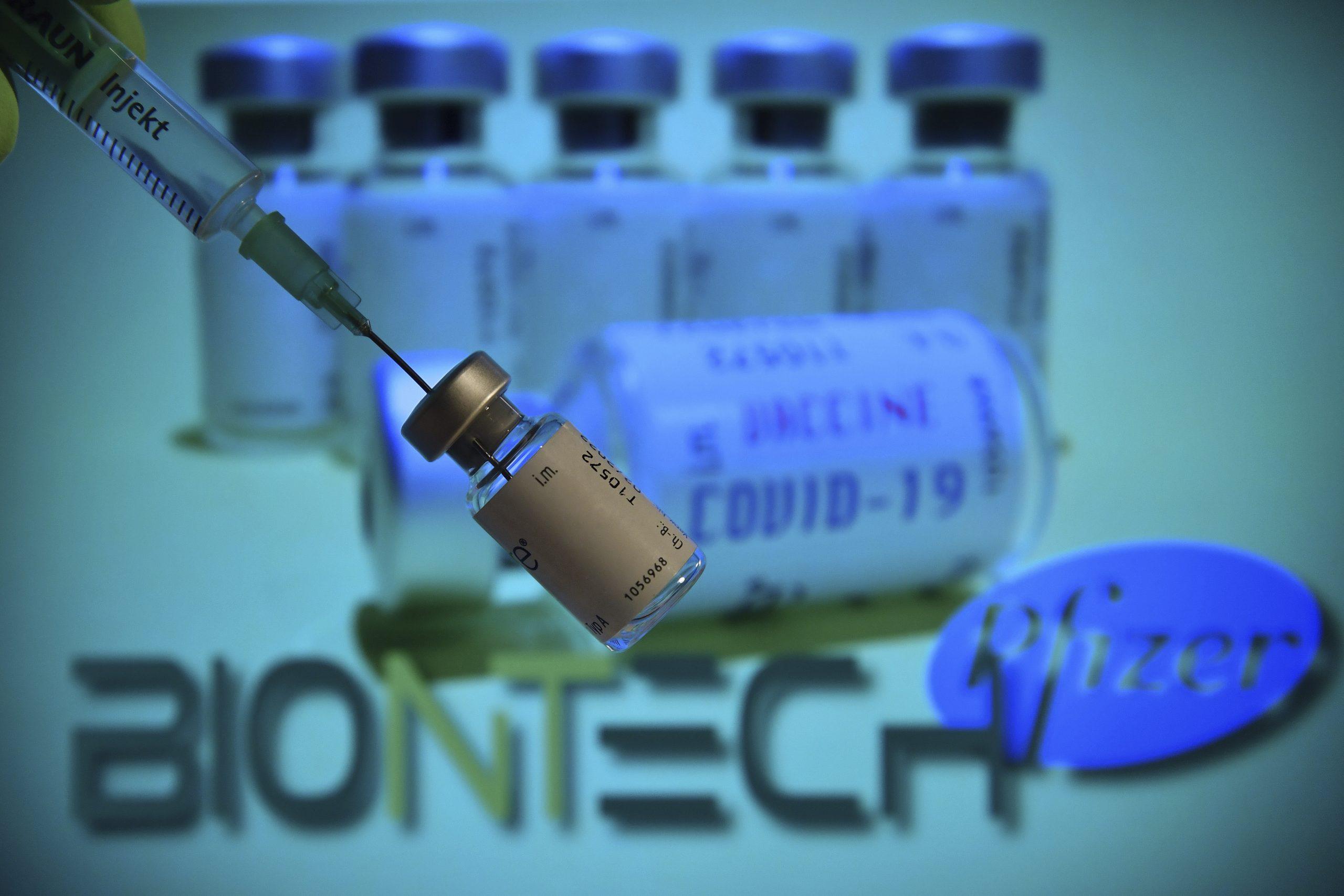 ファイザーがワクチン緊急使用許可を申請、クリスマス前に供給へ