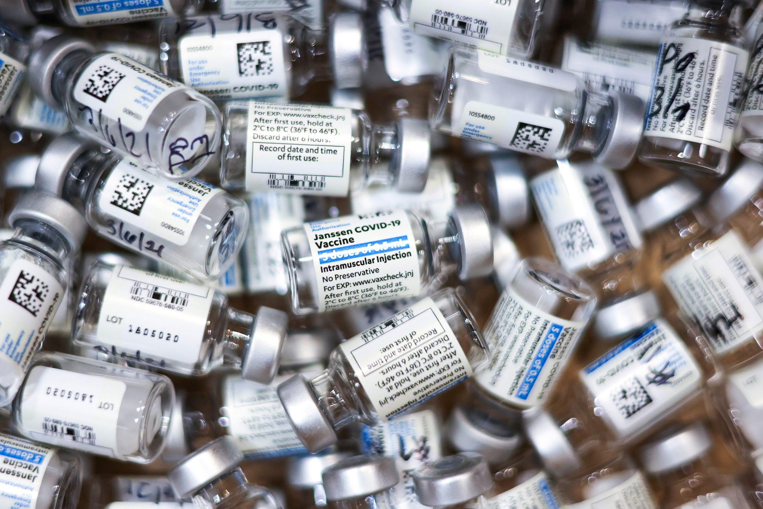 米国でJ&J製ワクチン接種を一時中止、深刻な血栓