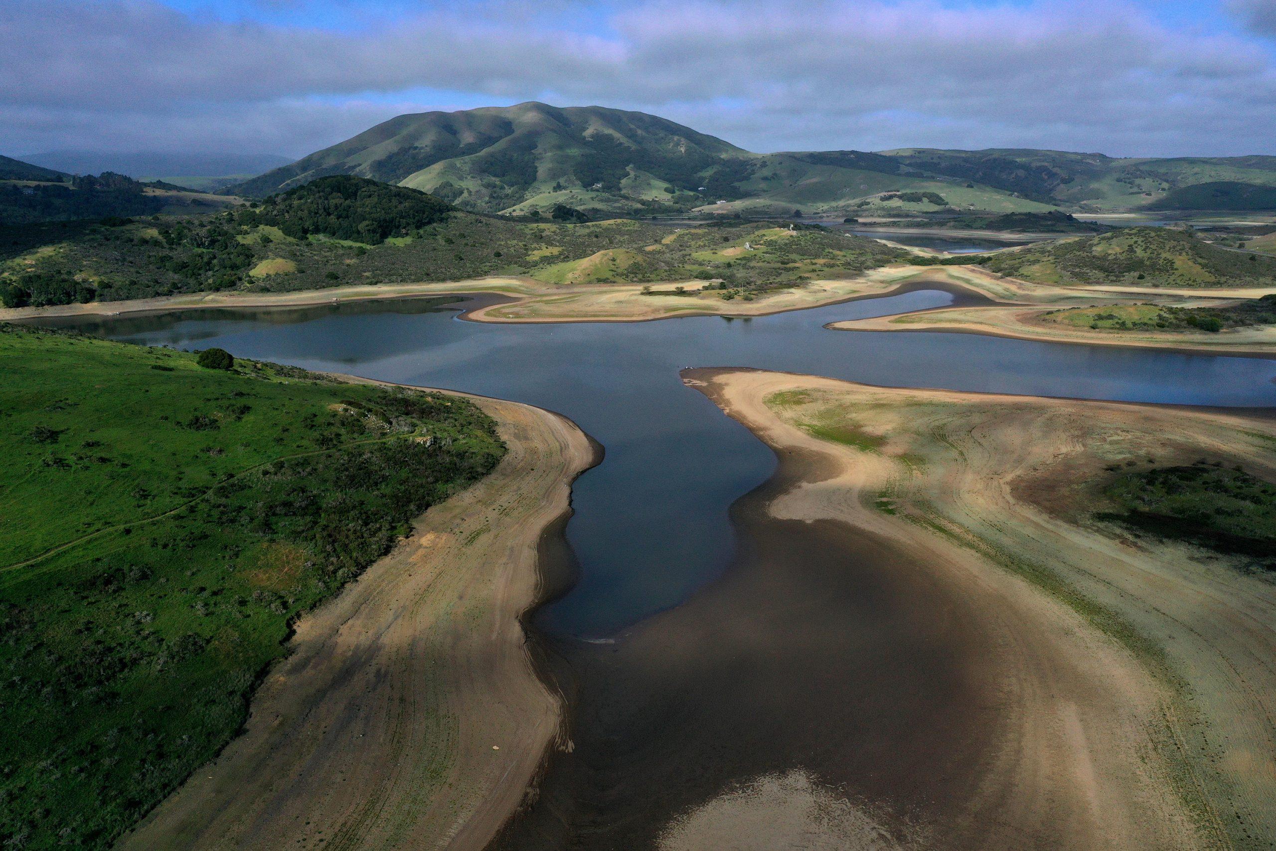 米西部で高まる大干ばつのリスク、「危険な夏」へ備えを