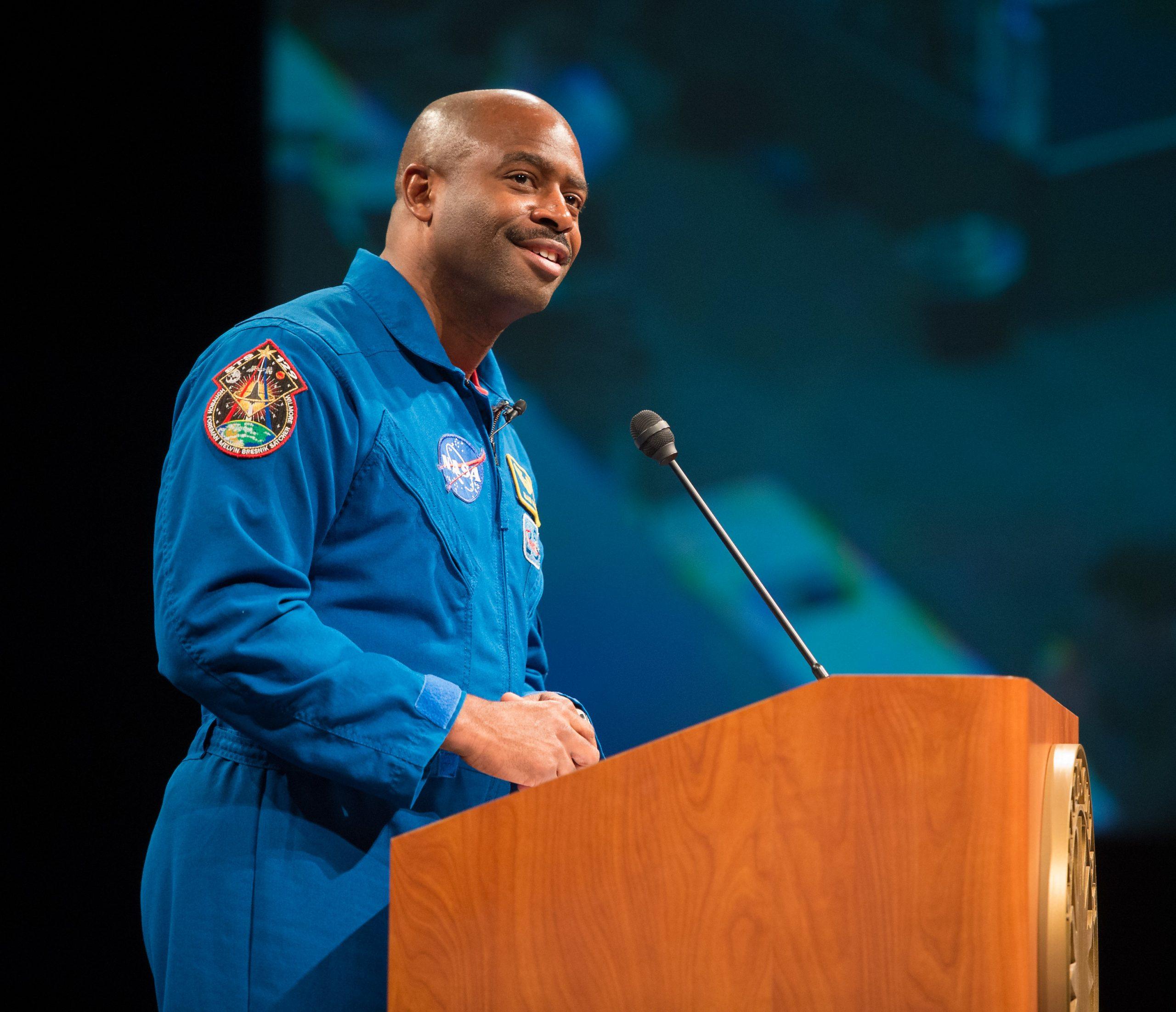 ありふれた作業が難しい、NASA元宇宙飛行士のアドバイス