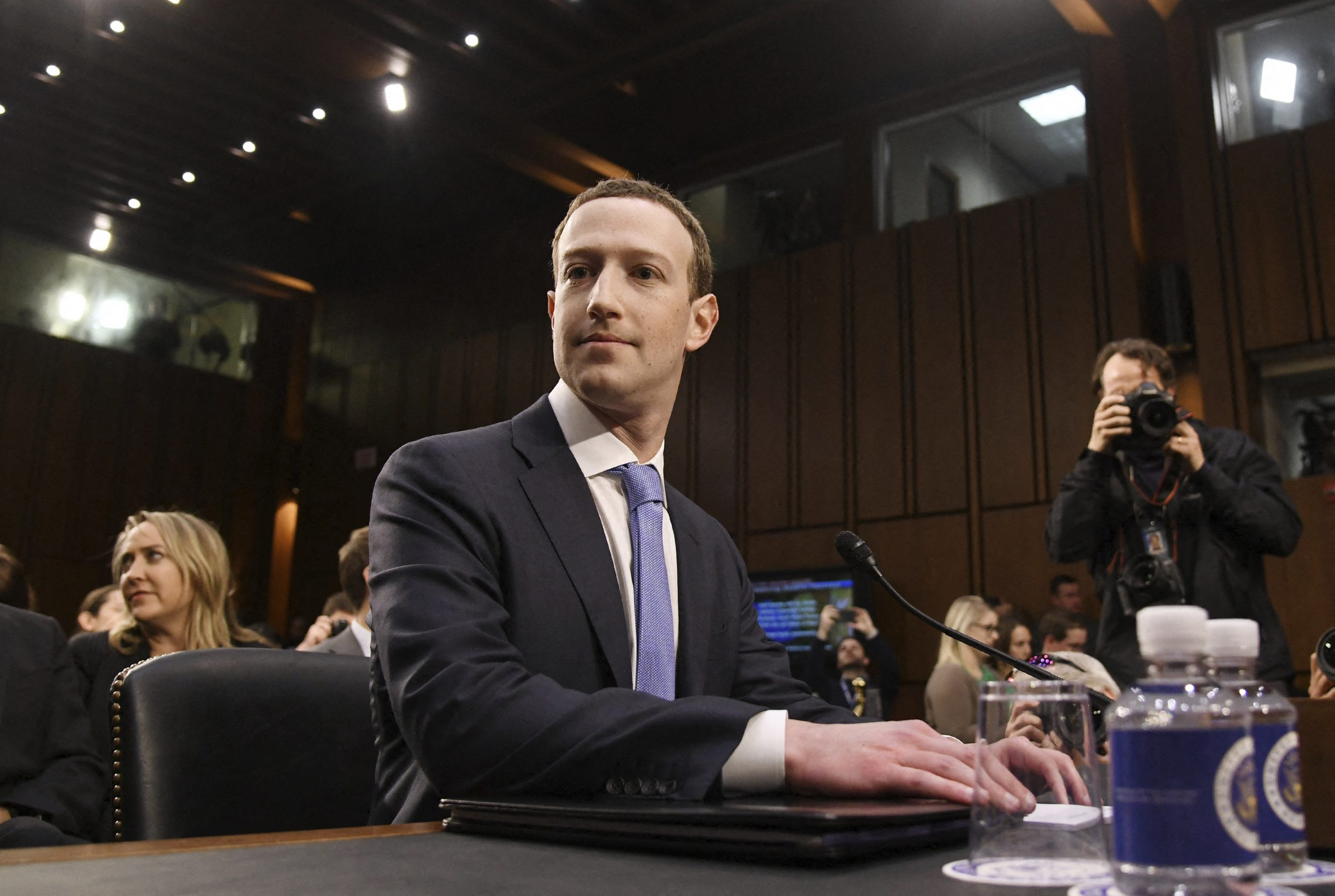 フェイスブックの独禁法違反を地裁が棄却、時価総額1兆ドル超え