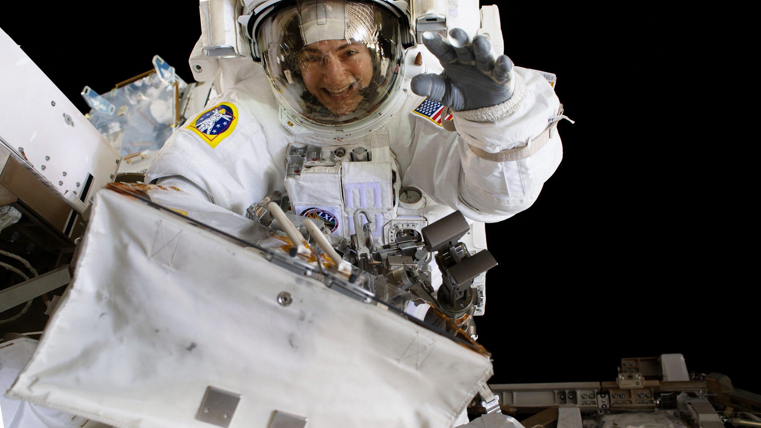 NASAが被曝線量制限の緩和を検討、女性宇宙飛行士の機会開く