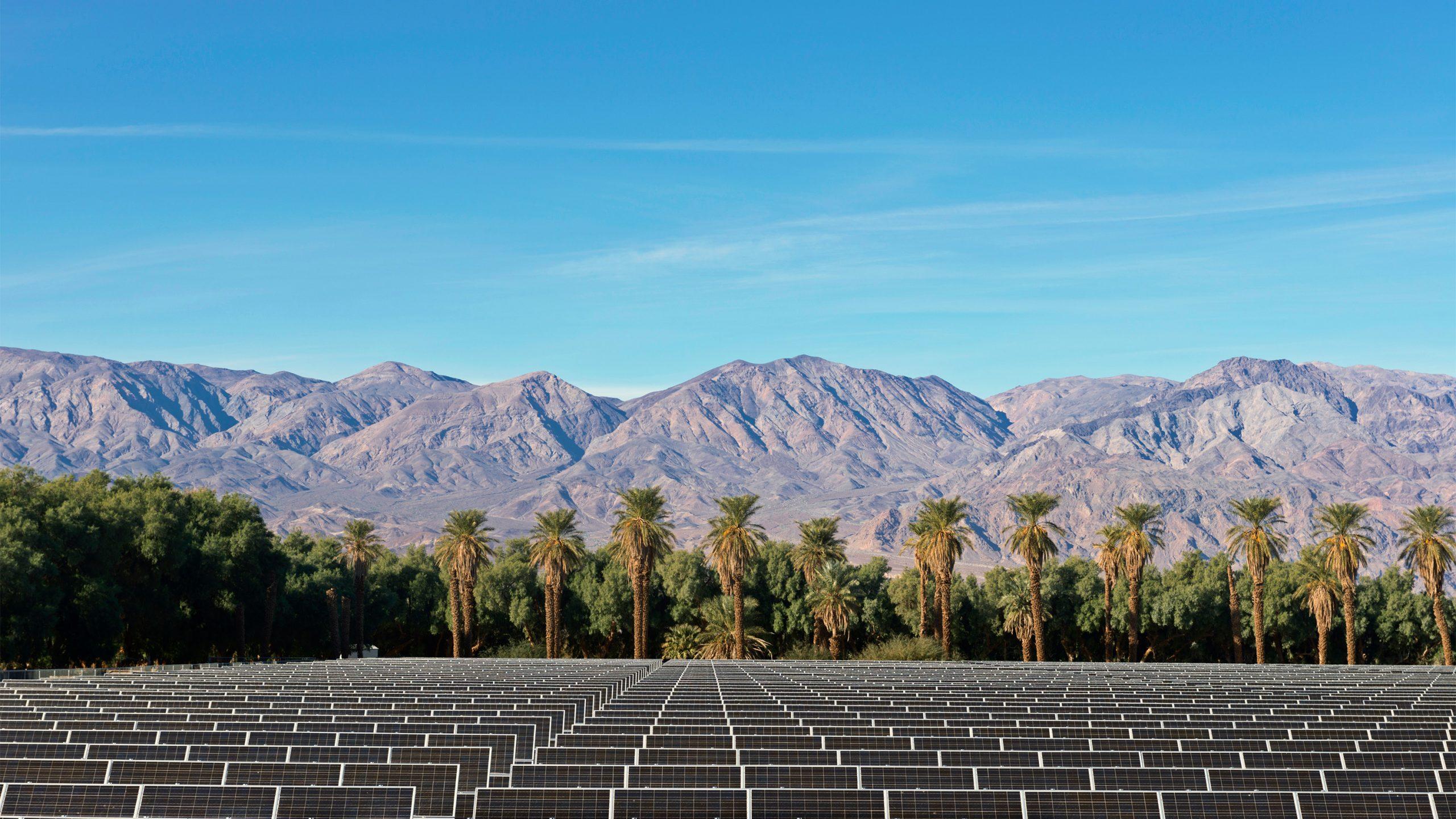 急成長の太陽光発電に迫る 「不都合な真実」