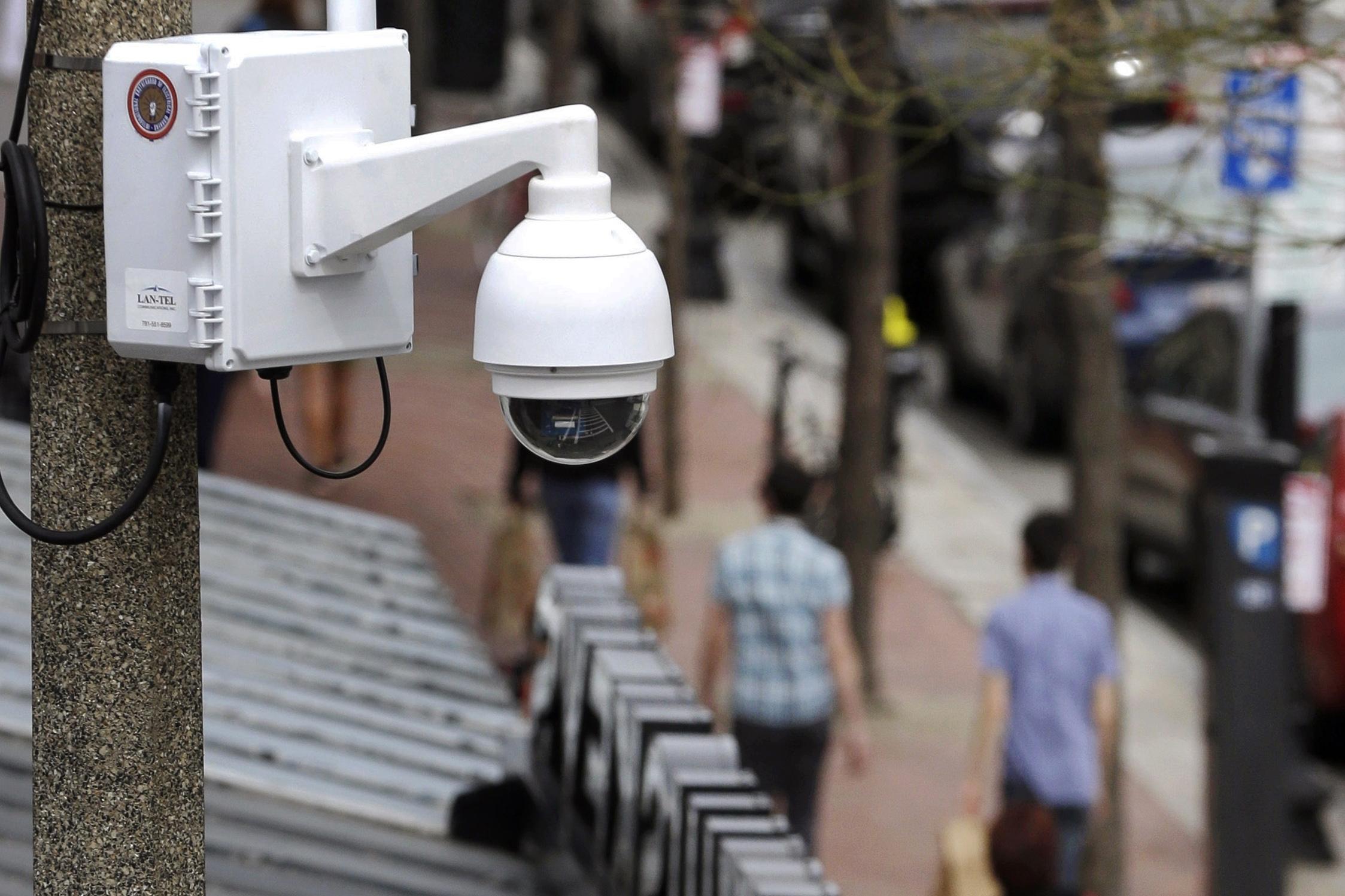 米政府機関で「顔認識」利用拡大、規制化の声に逆行