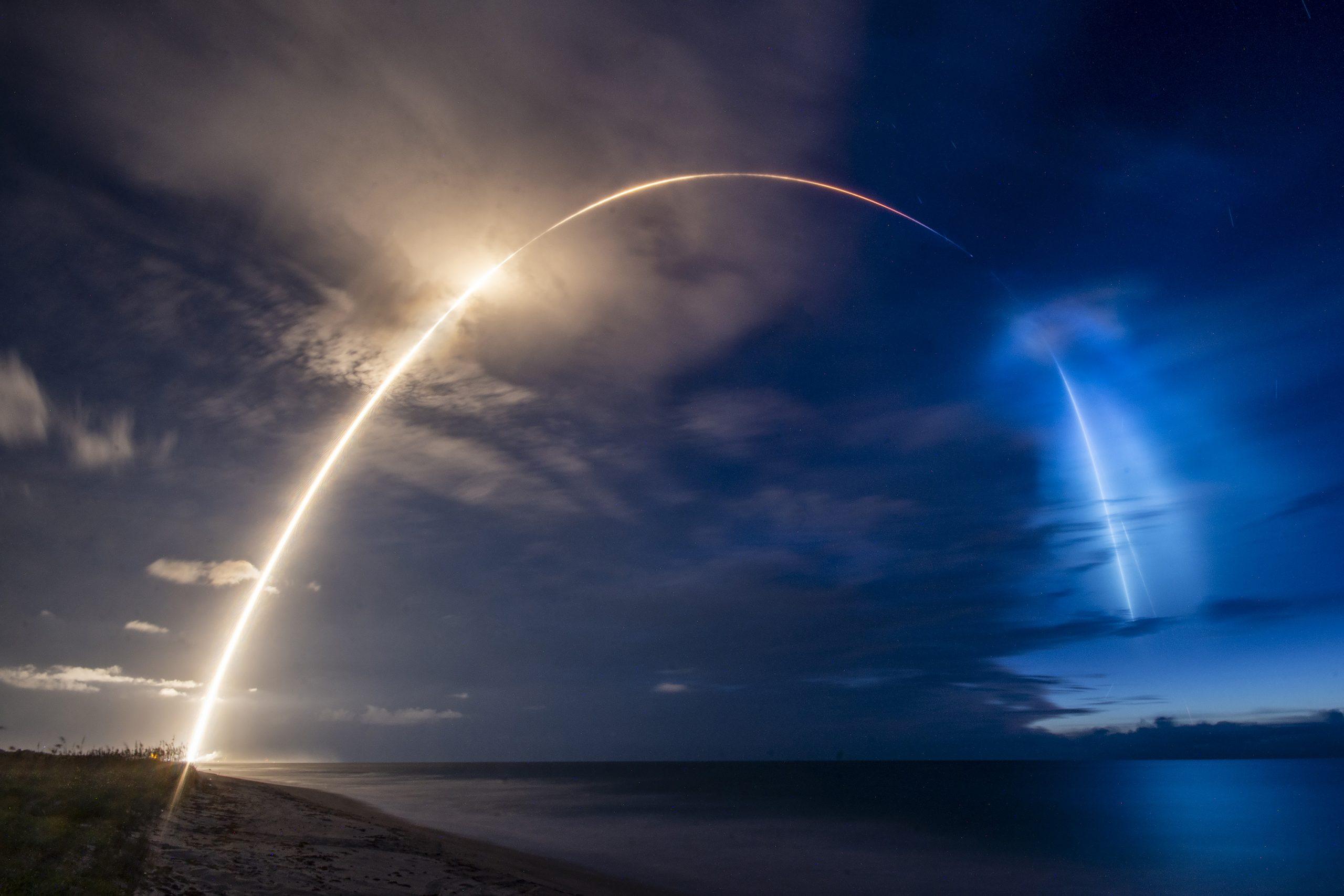 4万基で地球を覆うスペースXの衛星ネット、顧客はどこに?