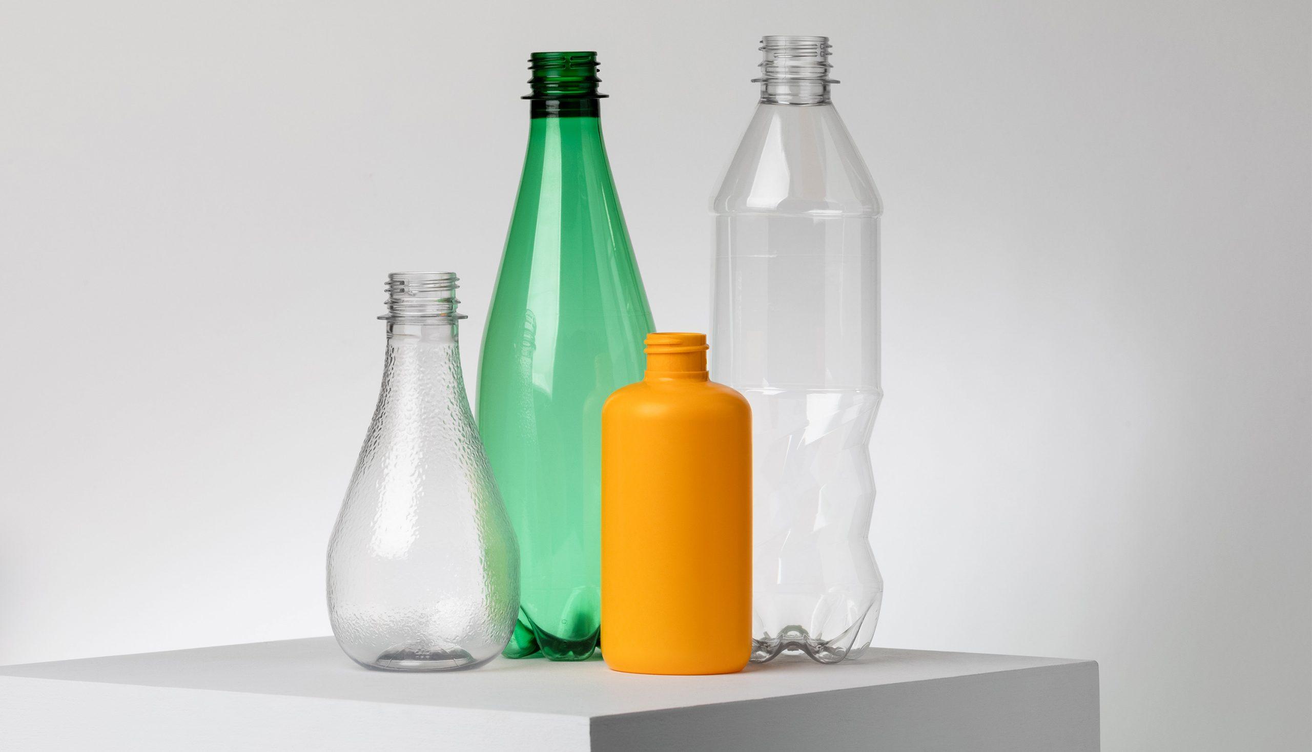 ペットボトルを酵素でリサイクル、仏スタートアップが実証施設